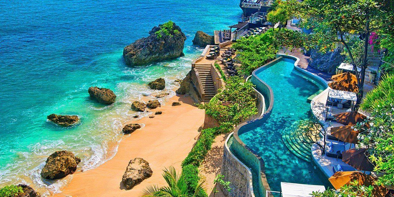 Khám Phá Vẻ Đẹp Hấp Dẫn Của Bãi Biển Kuta Bali